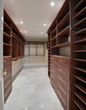 Custom Closet - Luxury Home